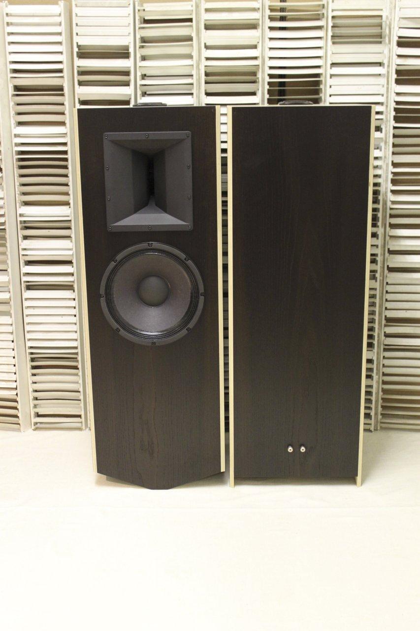 thoeress-loudspeaker-100db-01-front